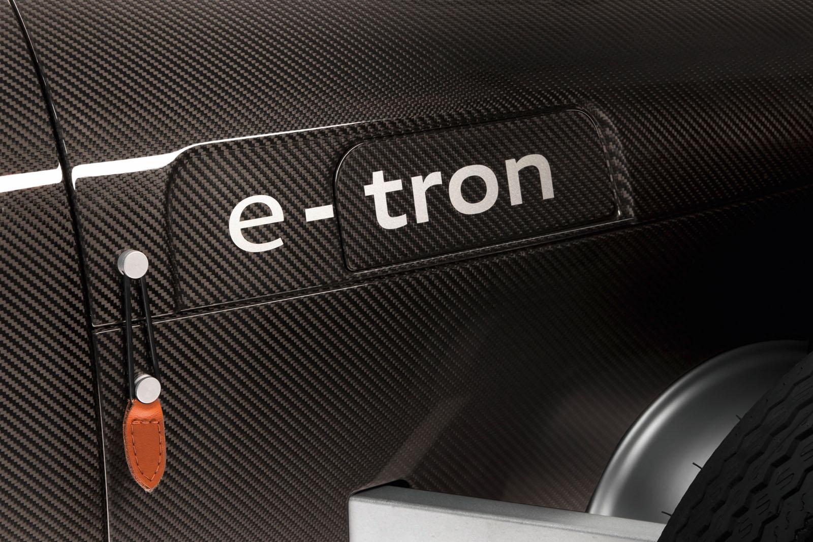 1295608920_audi2be-tron2bscale2bmodel2b5 Масштабная игрушка от Audi – Auto Union Type C e-tron!