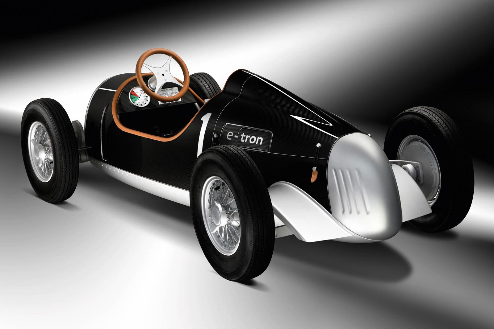 1295608930_audi2be-tron2bscale2bmodel2b2 Масштабная игрушка от Audi – Auto Union Type C e-tron!