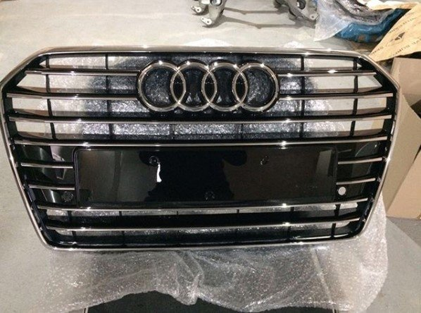 Reshetka-radiatora-Audi-A5-2012-2017 ВАГ Сервис предлагает оригинальные запчасти