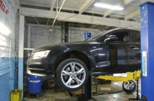Audi A7 замена задних амортизаторов (1)