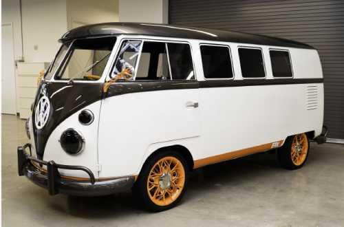 1fb3ca6c5a7bc1a6e53bcb18fe327f5c17d11253 Минивэн Volkswagen Type2 1962 года превратили в электромобиль