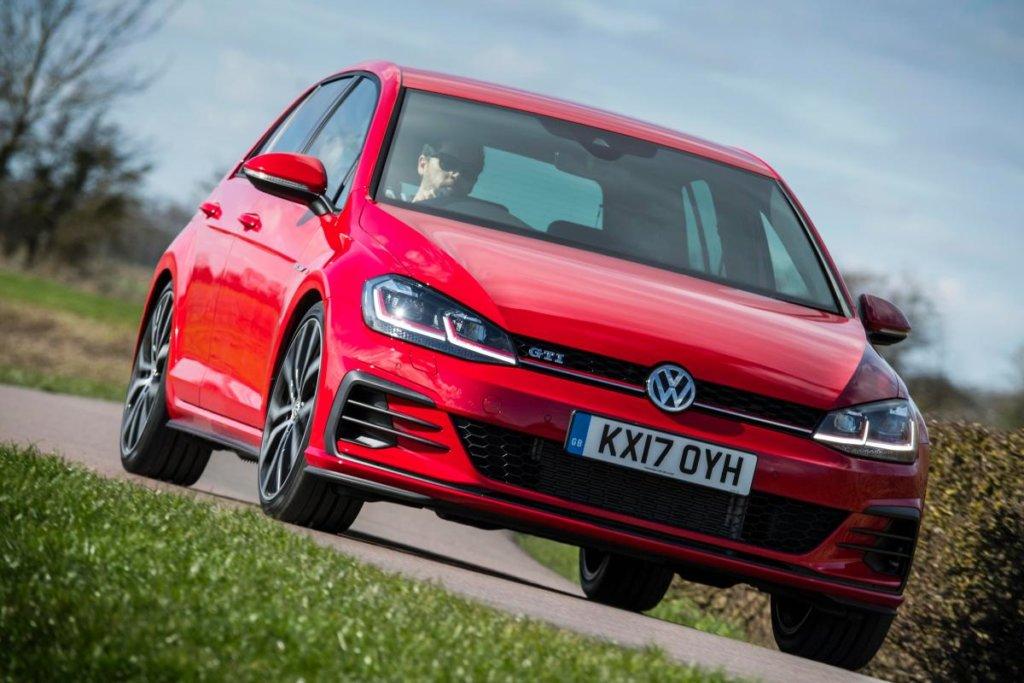 1387354_golf_gti_mk7_a-1024x683 Первые изображения нового Volkswagen Golf GTI появились в Сети