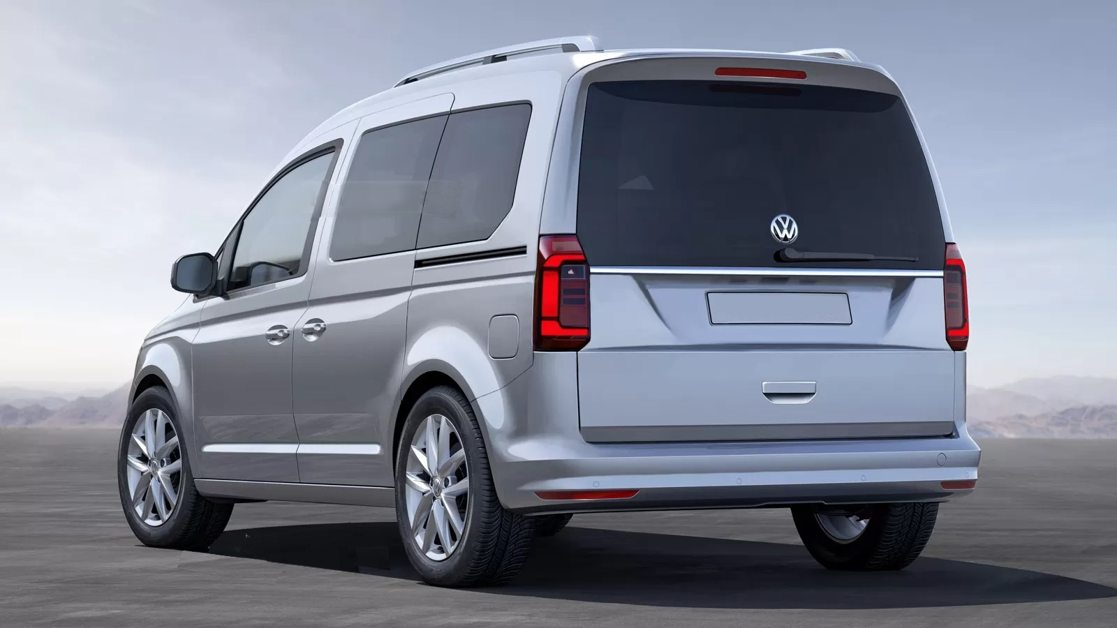 На днях в Сети стали доступны шпионские фотографии проекта Volkswagen Caddy следующего поколения.