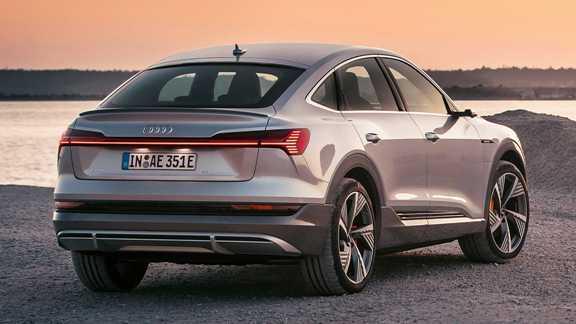 Обновлённый купе-кроссовер Audi получил инновационную оптику